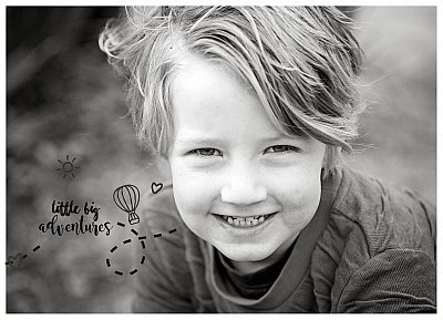 alright-in-black-and-white-little-big-adventures-child-photography-experts.jpg